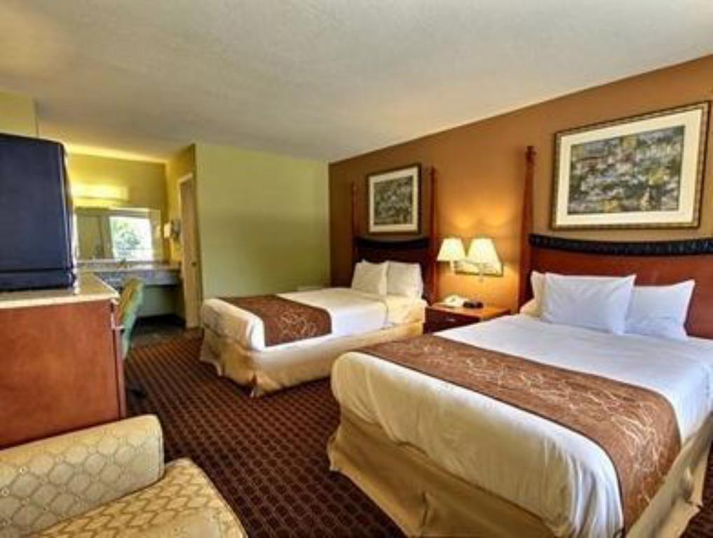 See all 23 photos Econo Lodge Inn and Suites I-64 and US 13