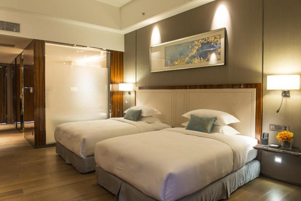 Book Forest City Phoenix International Marina Hotel Johor Bahru 2019 Prices From A 56