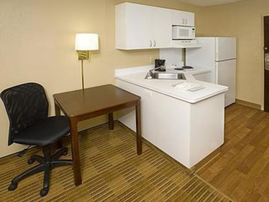 Alle 6 ansehen Extended Stay America - Richmond - Hilltop Mall