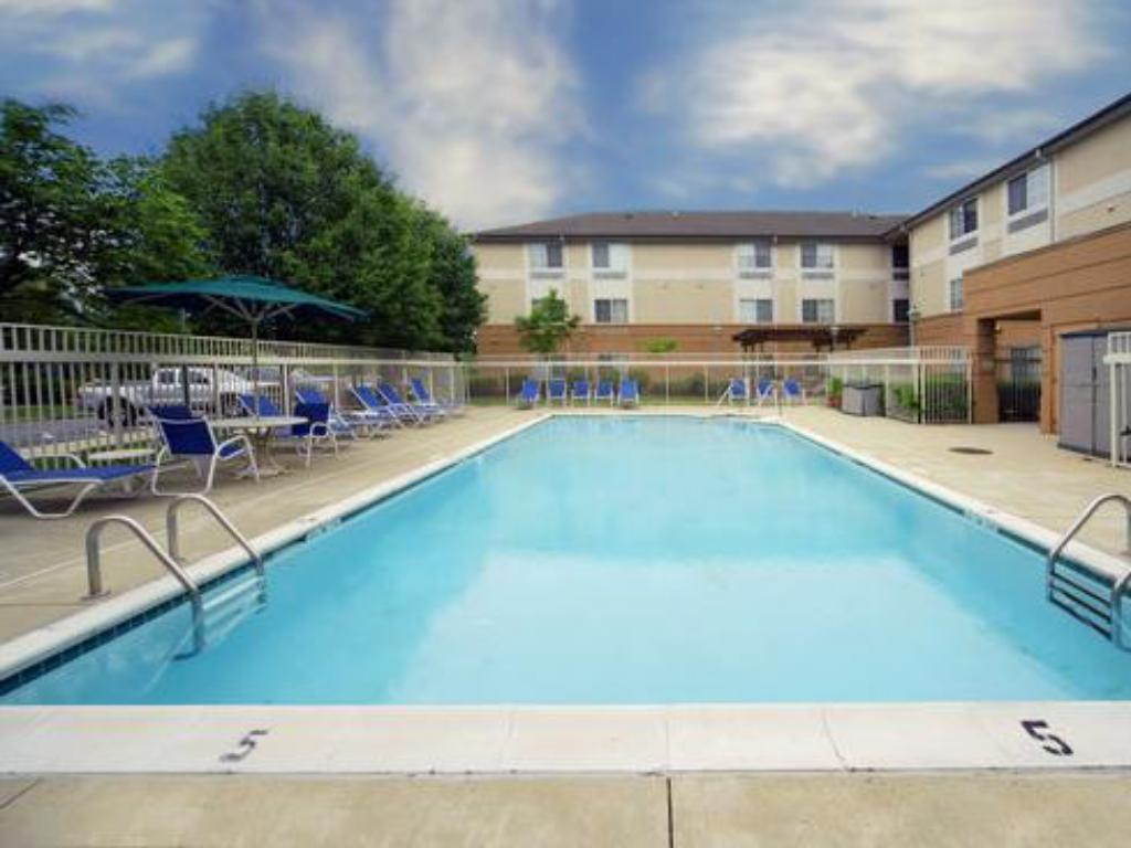 Swimmingpool Extended Stay America - Piscataway - Rutgers University