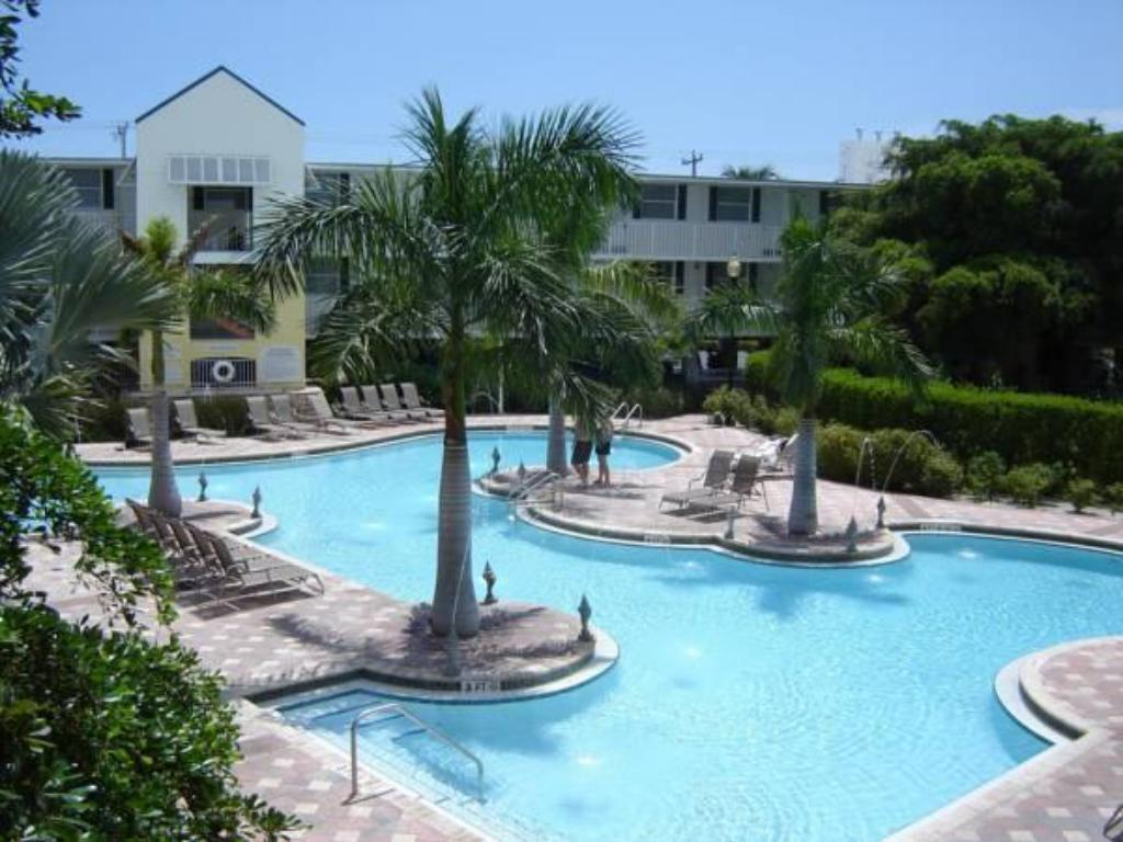 Piscina Fairfield Inn & Suites Key West