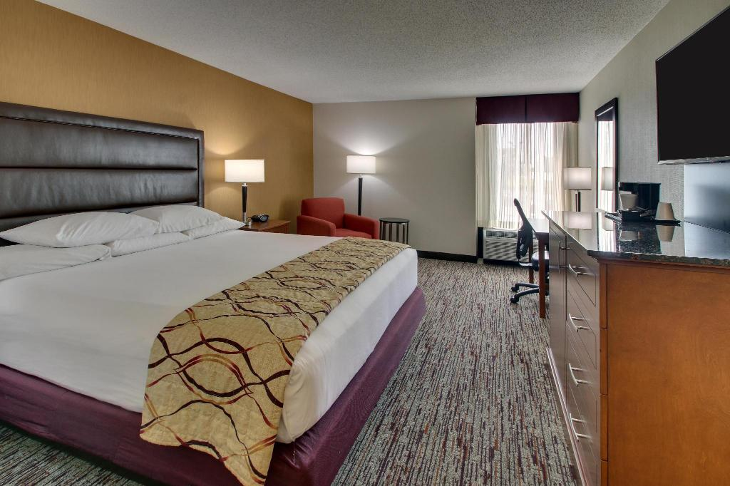 Drury Inn And Suites Bowling Green Hotel Bowling Green Ky Deals Photos Reviews