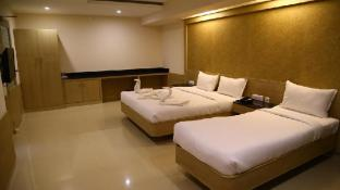 Hotel Varshan International