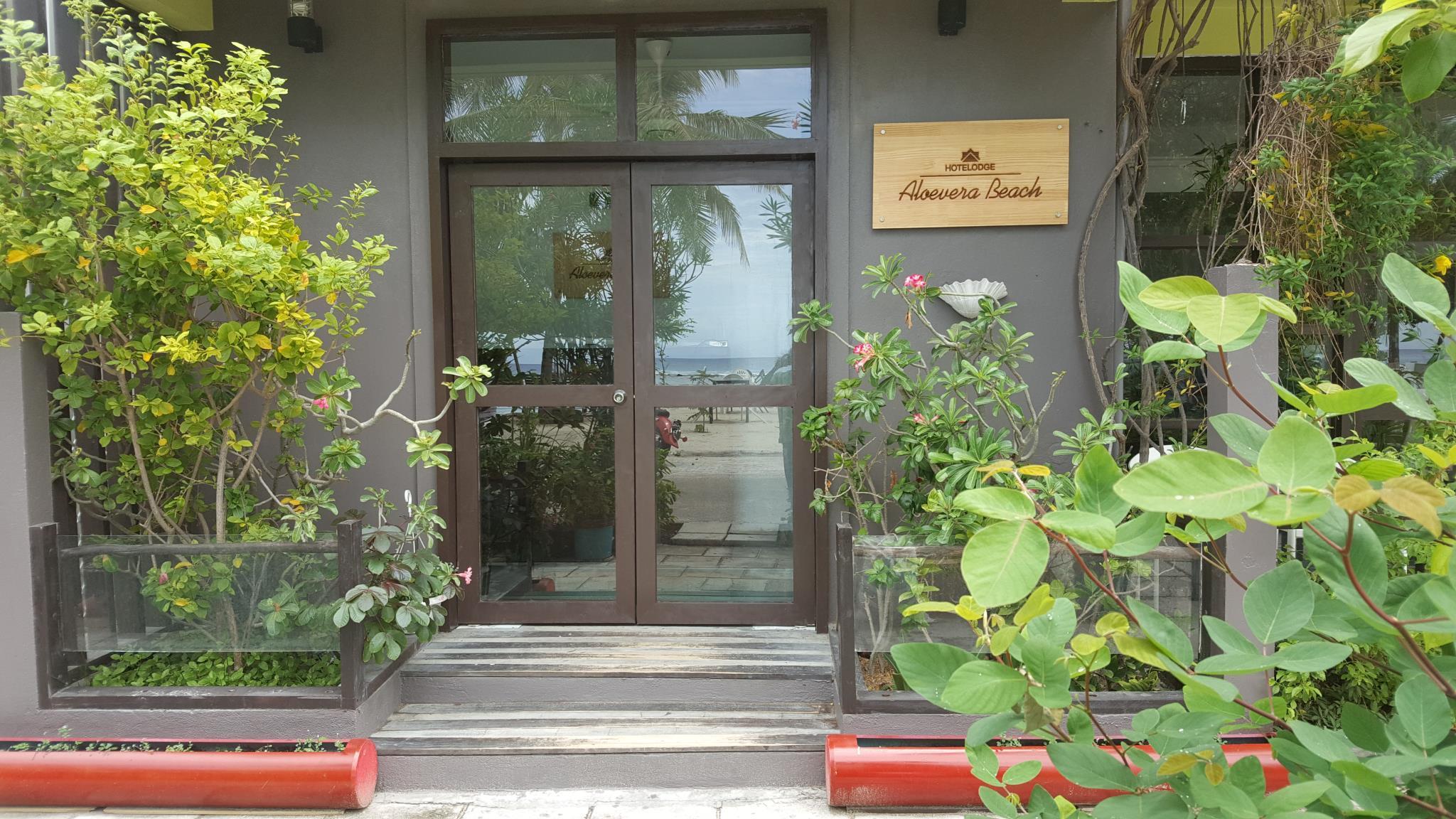 hotelodge aloevera beach malé et aéroport – offres spéciales pour