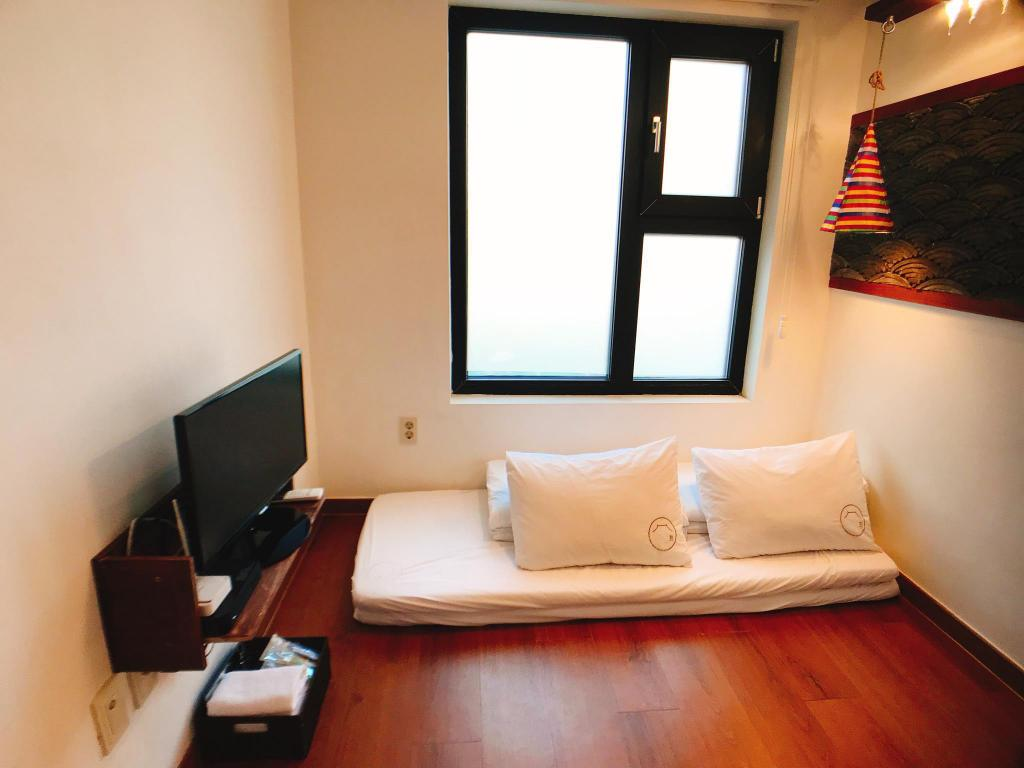 Twin bed - Room plan Hwon Guest House