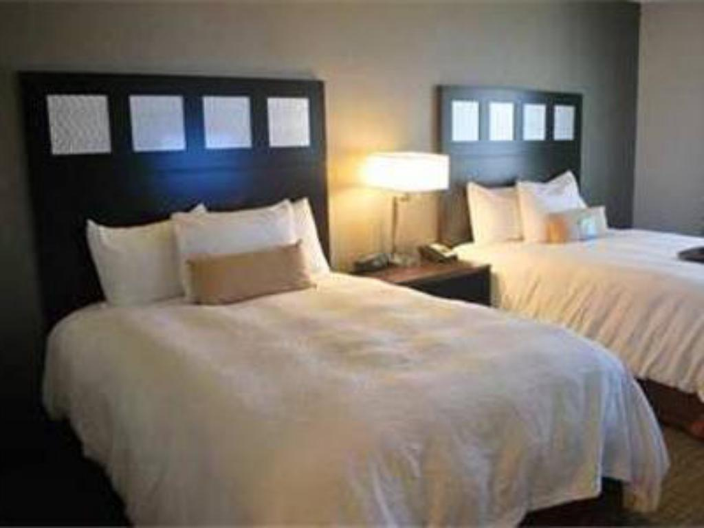 Queen with 2 Queen Beds Hampton Inn & Suites Shreveport - South