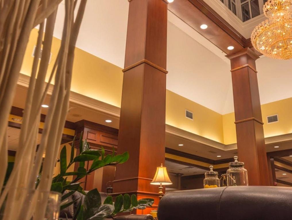 interior view hilton garden inn bangor - Hilton Garden Inn Bangor