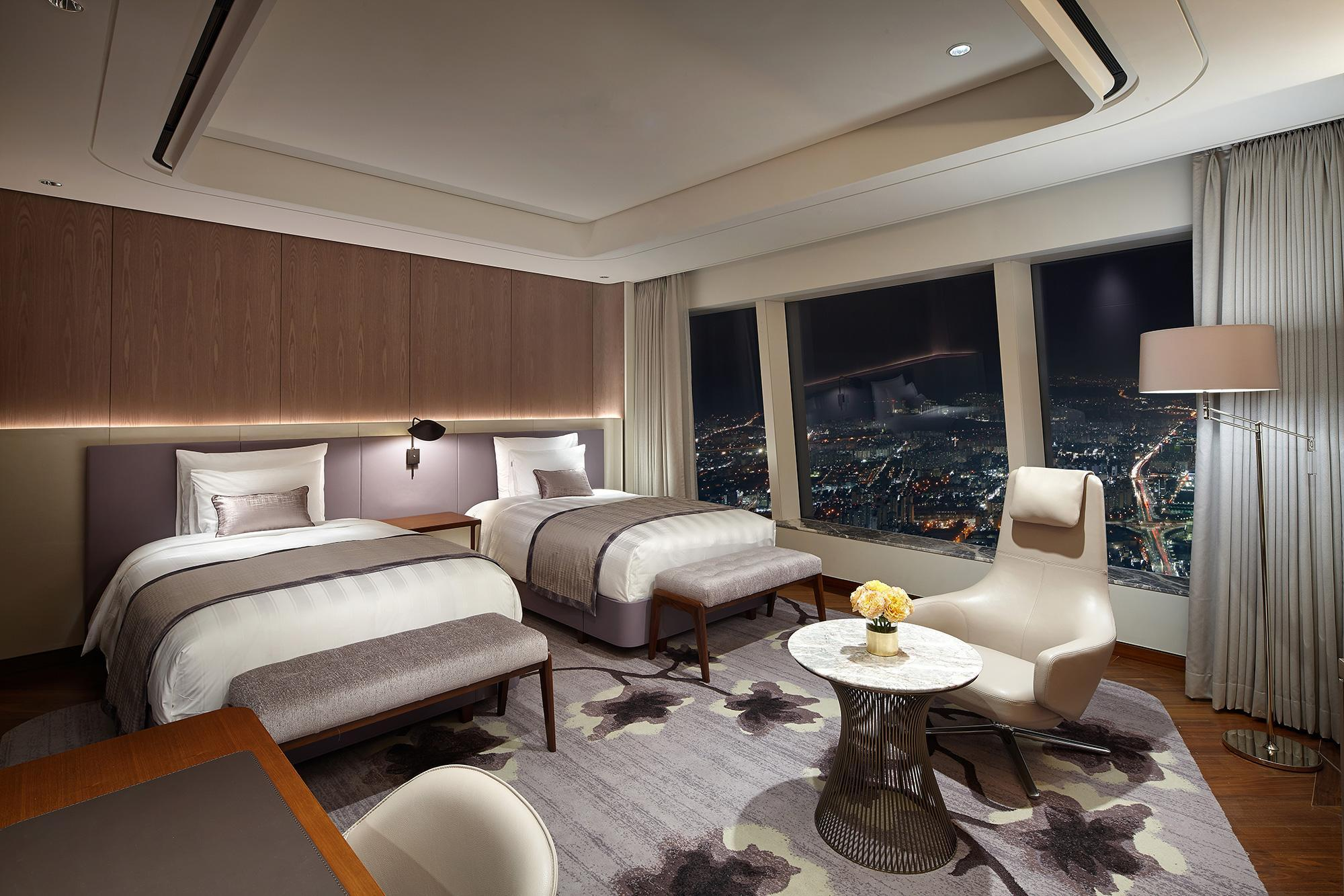 Signiel Premier Twin Room