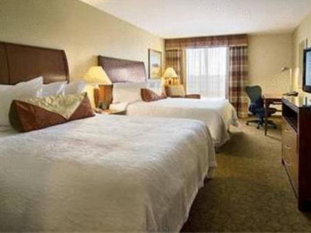 2 Queensize-Betten - Bett Hilton Garden Inn Cleveland East/Mayfield Village
