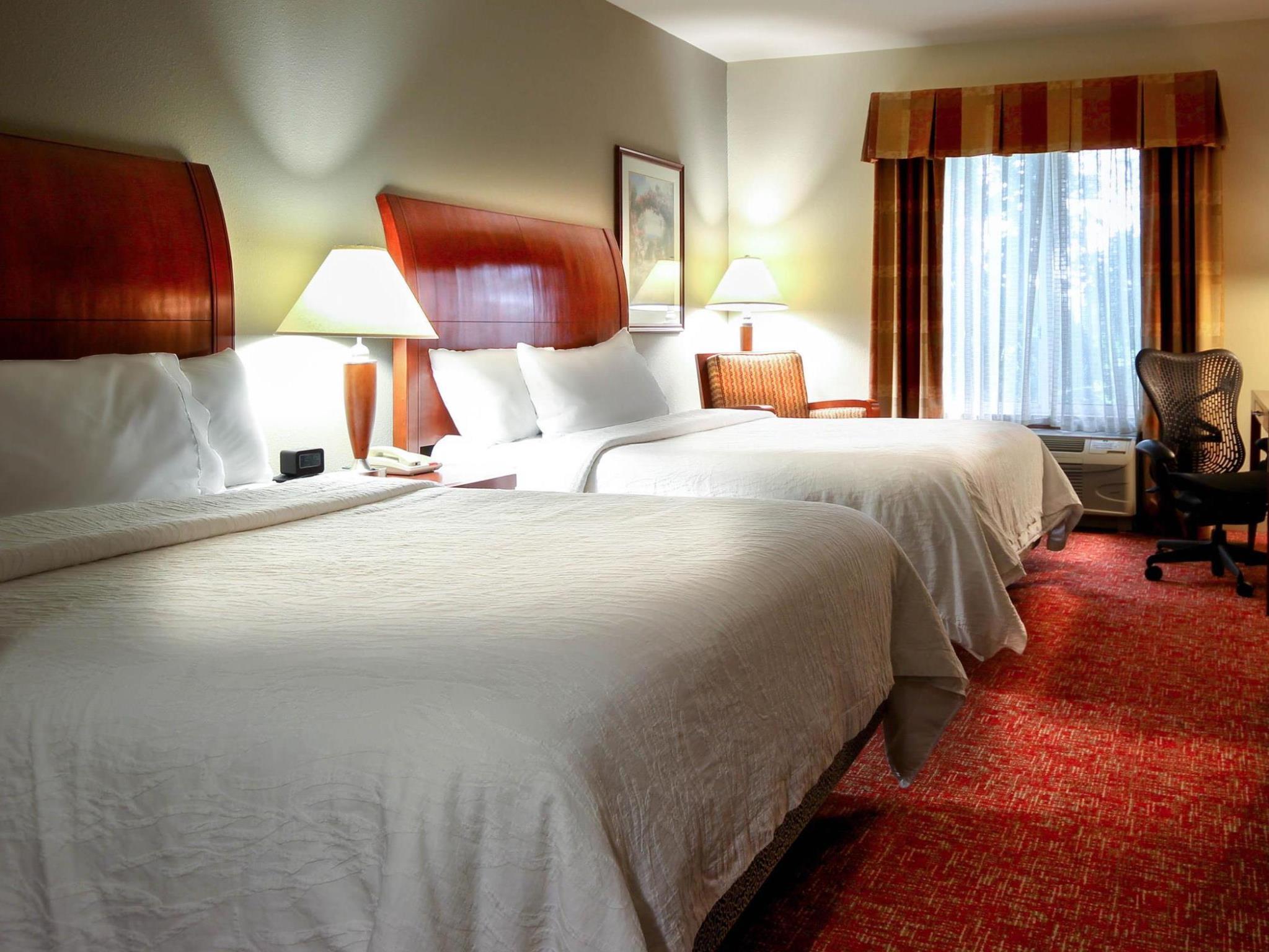2 Queen Beds   Bed Hilton Garden Inn Elkhart
