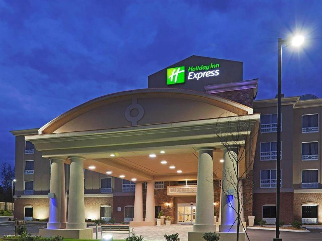 holiday inn express columbia in columbia tn room deals. Black Bedroom Furniture Sets. Home Design Ideas