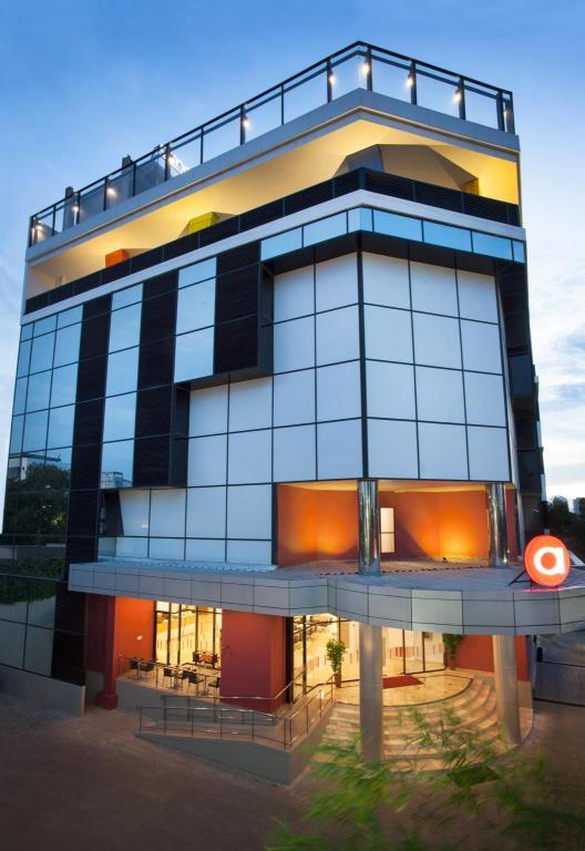 Desain Rumah Minimalis Modern Luas 100 Meter  amaris hotel mampang jakarta room rates photos reviews