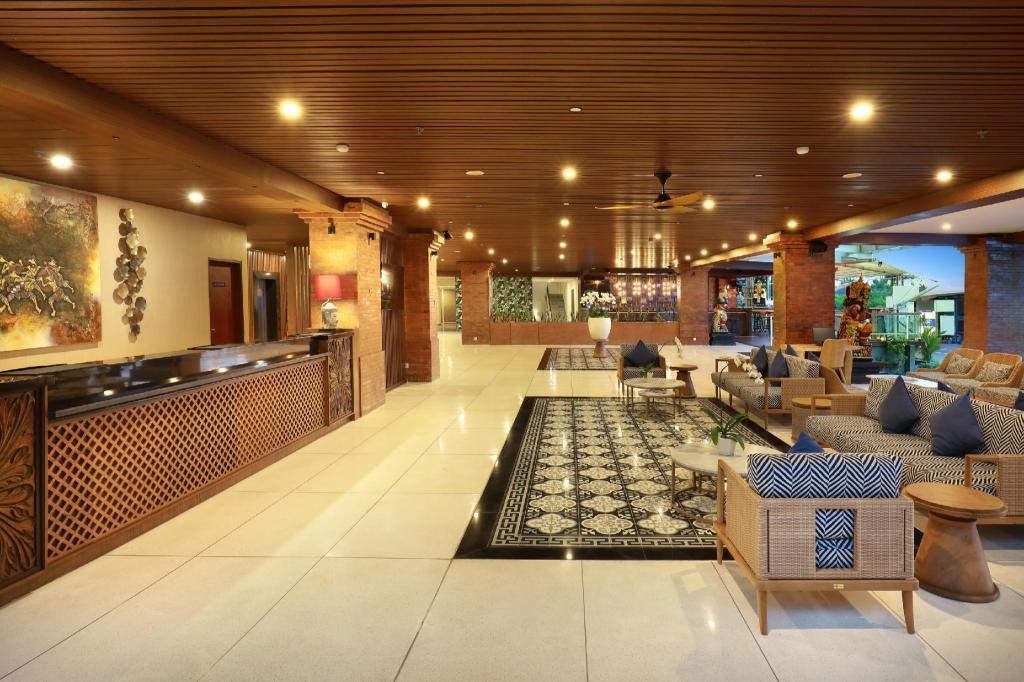 Book Aston Canggu Beach Resort Bali 2019 Prices From A 93