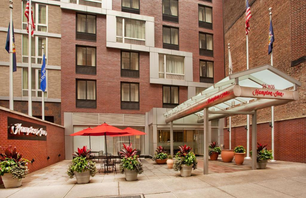 More about Hampton Inn New York Empire State Building