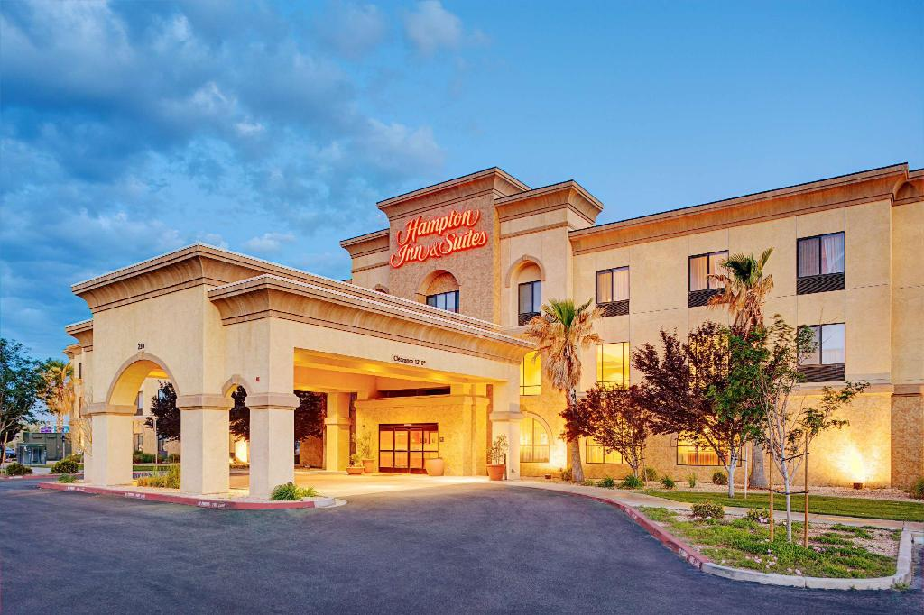 Hampton Inn Suites Lancaster