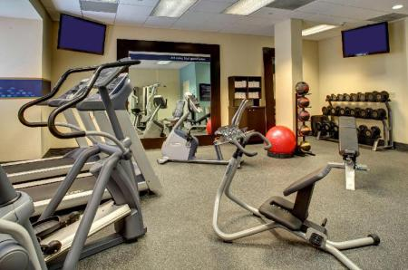 Fitness center Hampton Inn and Suites Miami Airport South