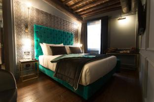 Saint B Boutique Hotel
