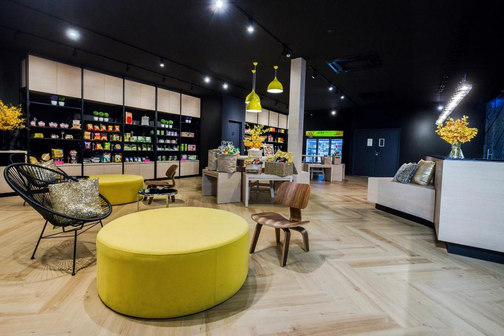 Lobby M2 Boutique Hotel