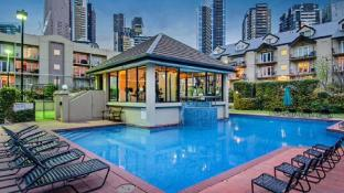 Melbourne Luxury Oasis Apartments