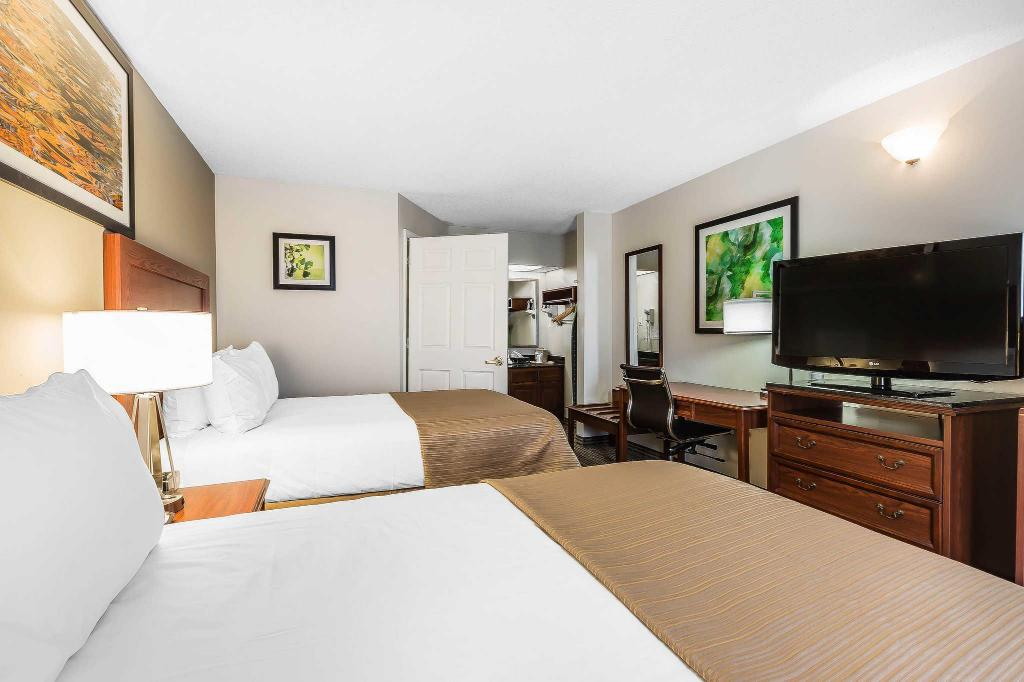 Double with 2 Double Beds - Smoking Quality Inn Gallatin-Nashville Metro