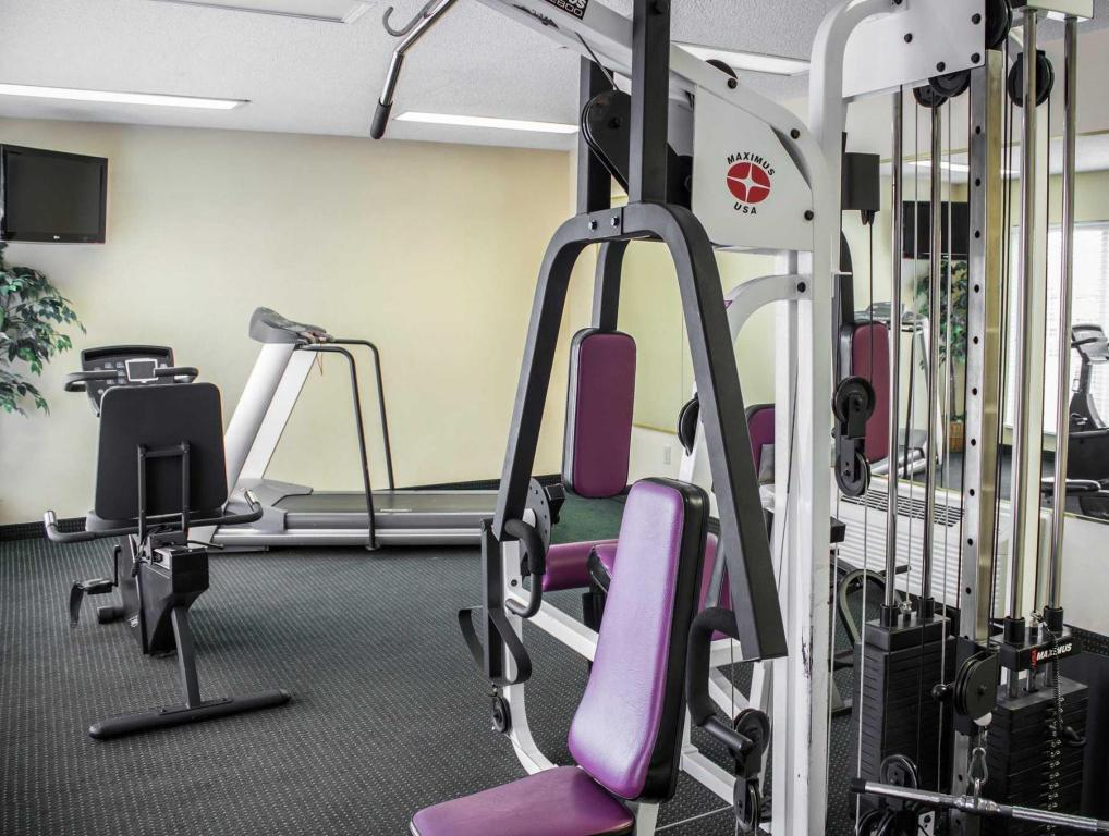 Fitness center Econo Lodge Greenville