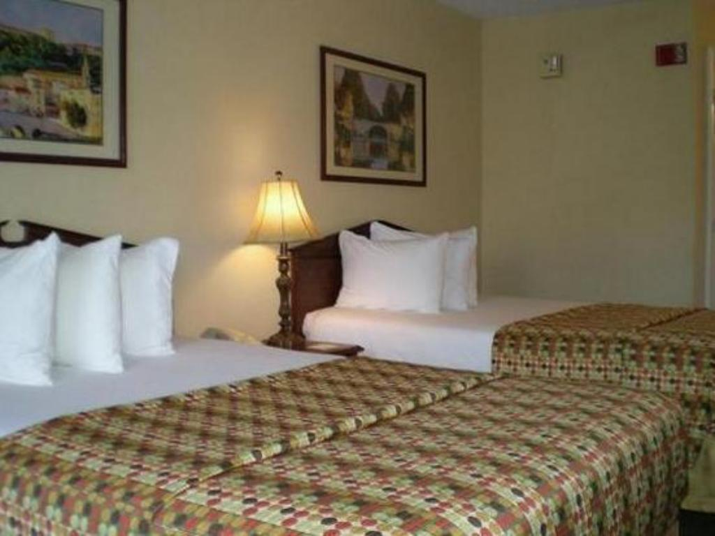 Double Room with Two Double Beds - Smoking - Bed Quality Inn