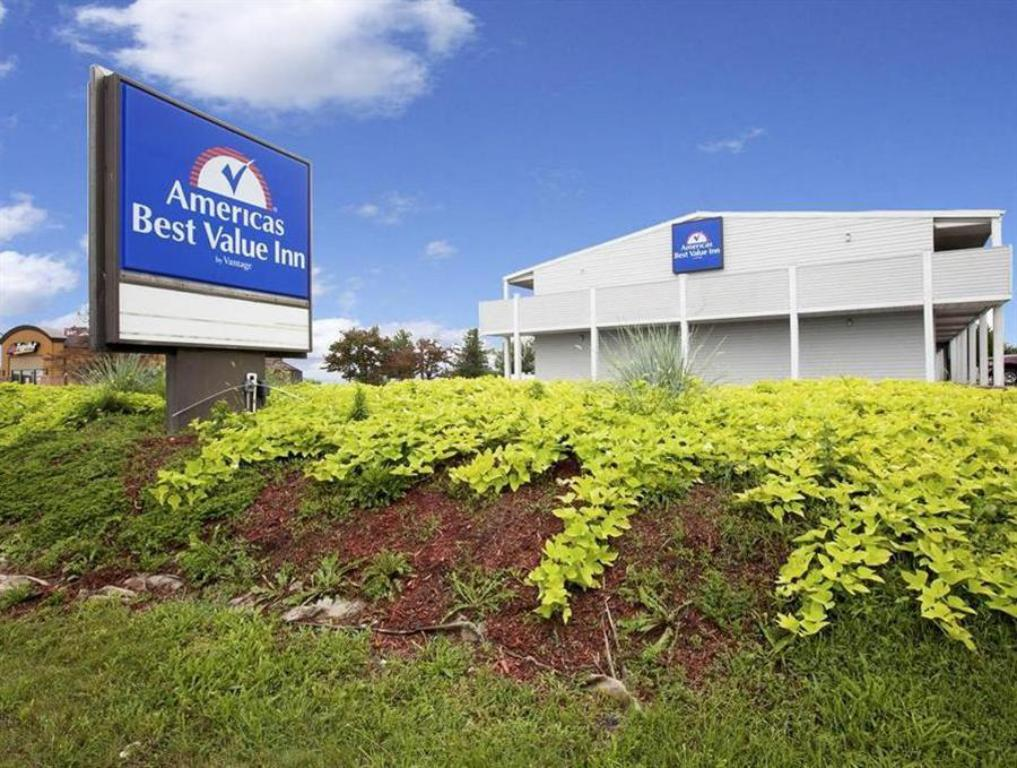 Americas Best Value Inn - Charles Town, WV