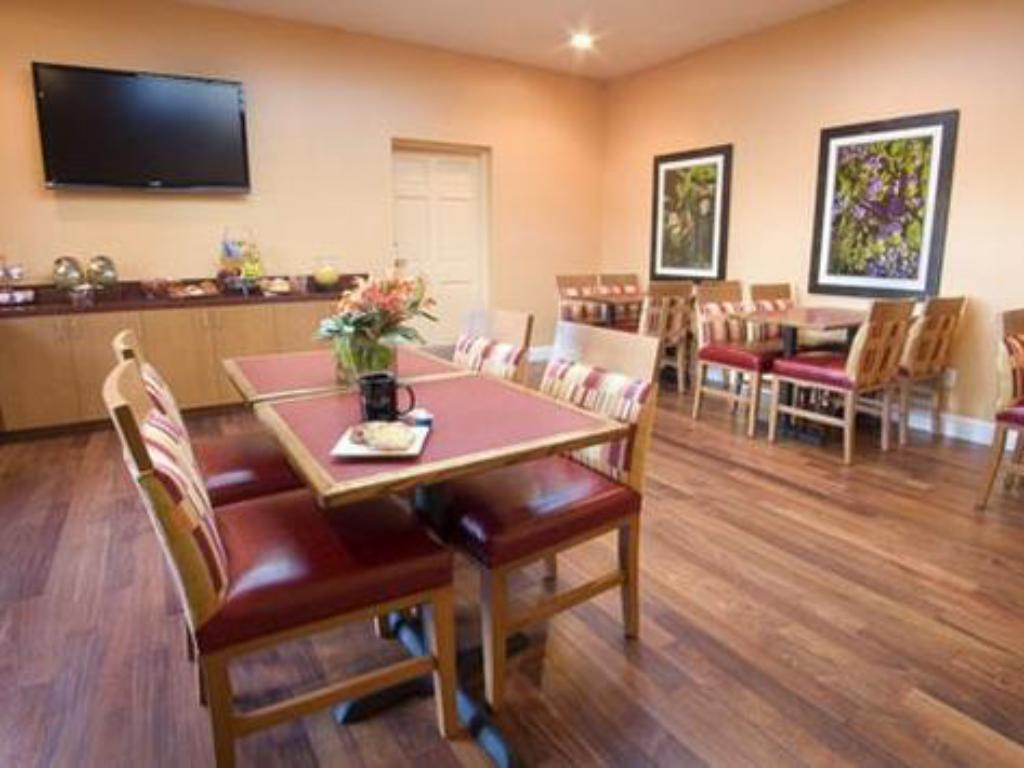 See all 7 photos Mariposa Inn and Suites