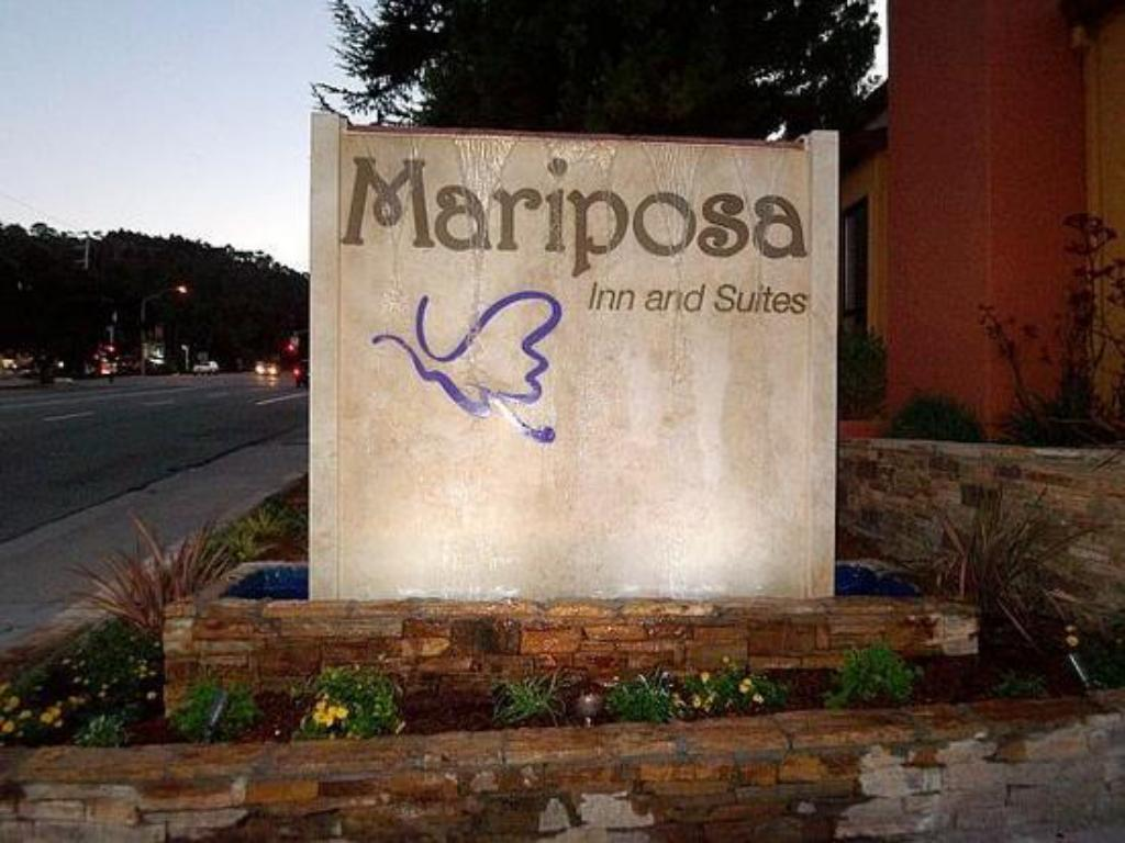 Exterior view Mariposa Inn and Suites
