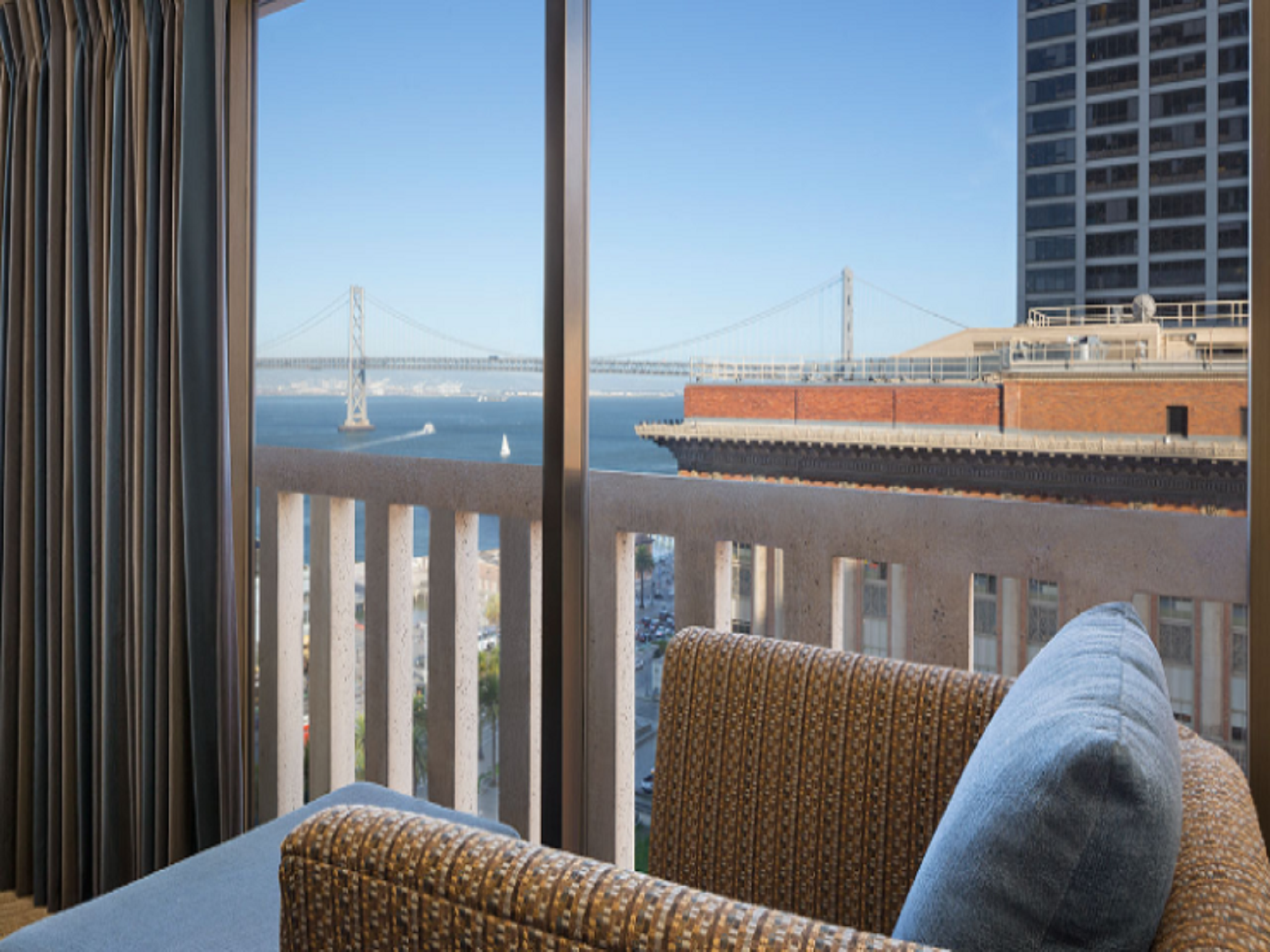 Bay Bridge Suite
