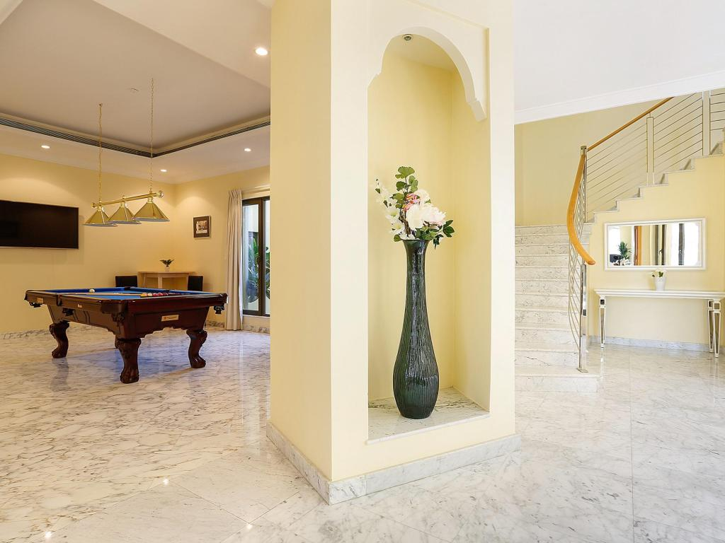 Foyer Kennedy Towers - Frond K Villa Signature 6 Bed