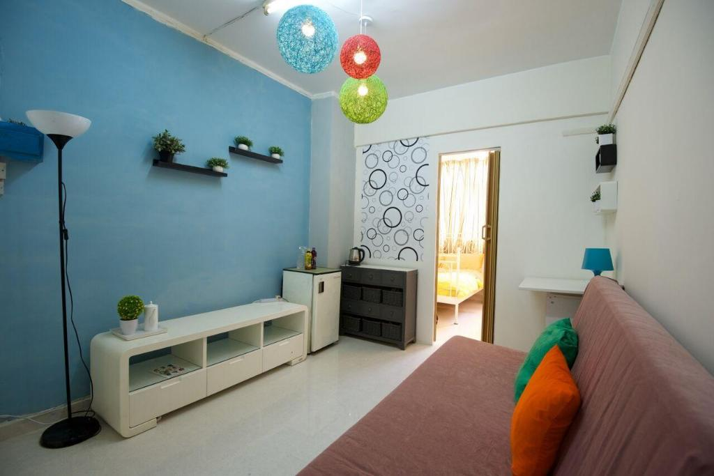 Best Price On Wc Fantastic 1 Bedroom Apartment Downtwon 11e3 In Hong Kong Reviews