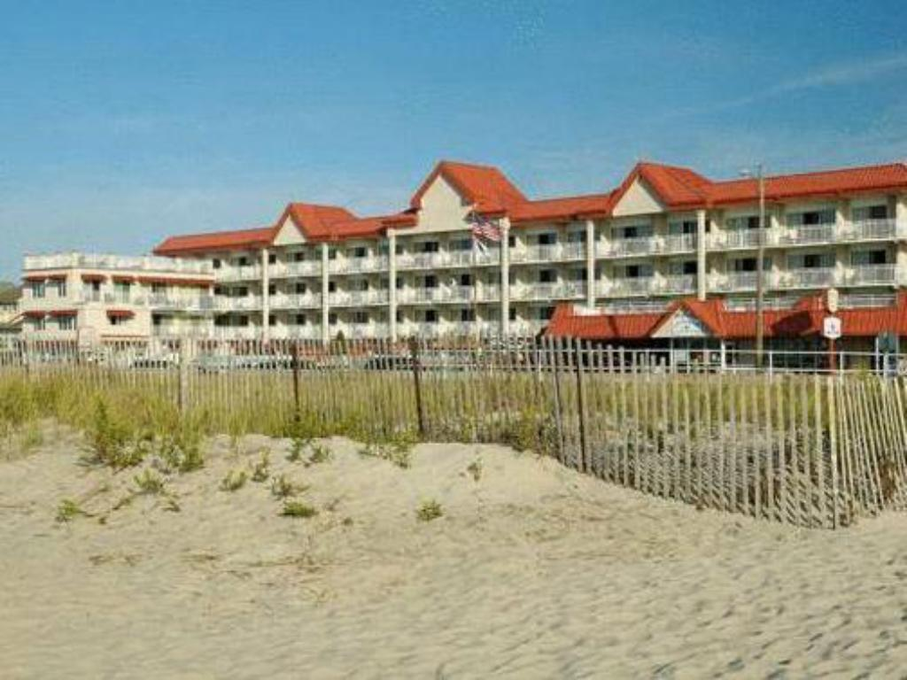 More about Montreal Beach Resort