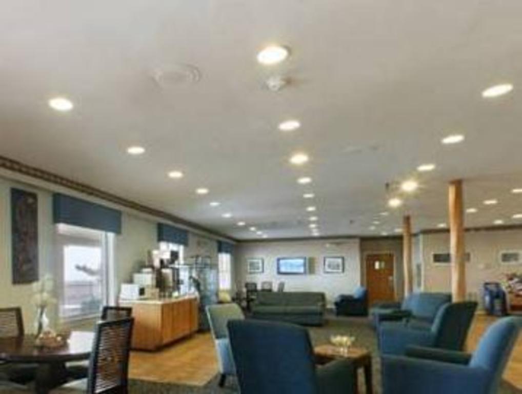 Plim Plaza Hotel In Ocean City Md Room Deals Photos