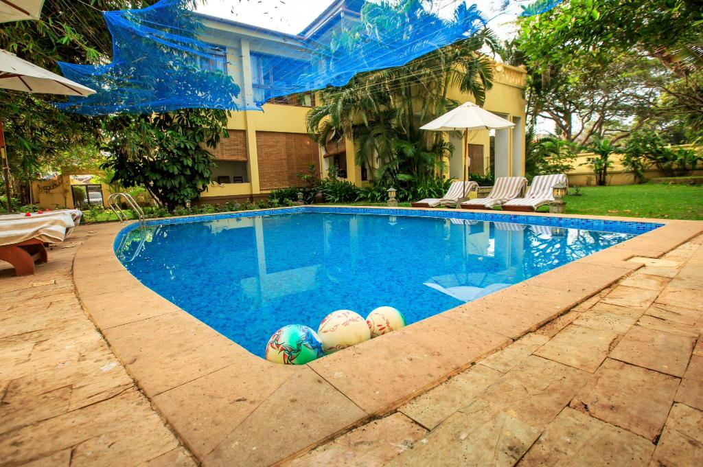 Swimming pool [outdoor] The Poovath Heritage - An Amritara Resort