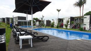 Lakeview Terrace Resort Pengerang