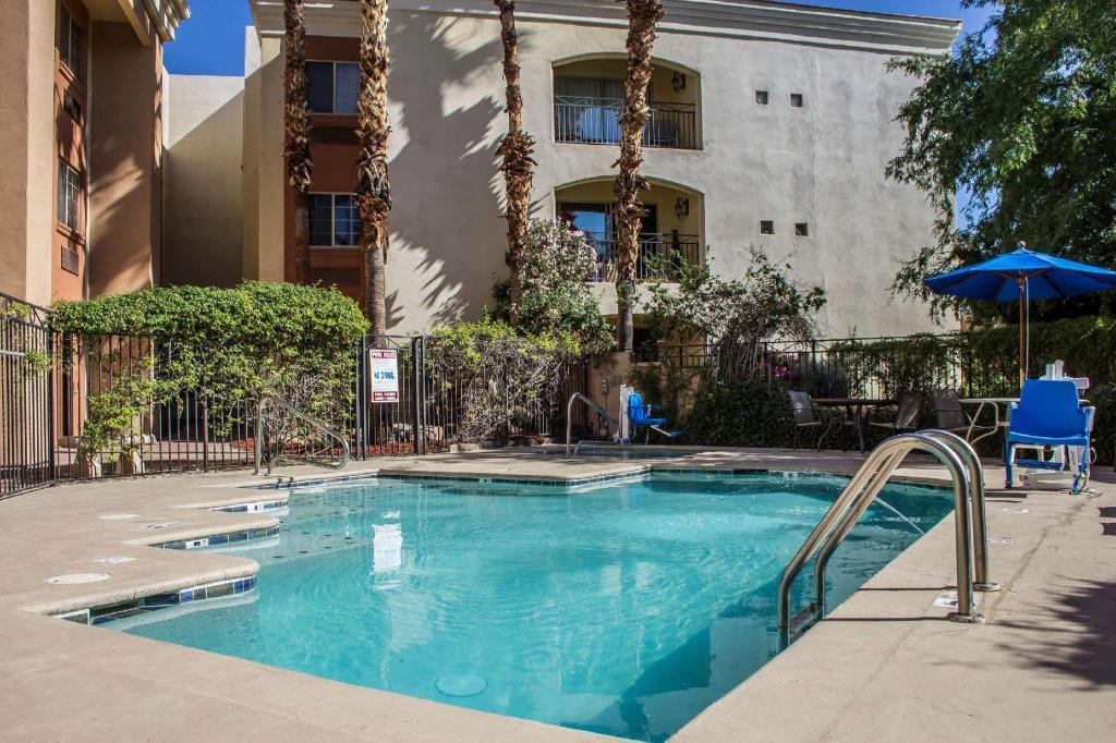 Comfort Inn Suites North Glendale Bell Road Hotel Phoenix Az