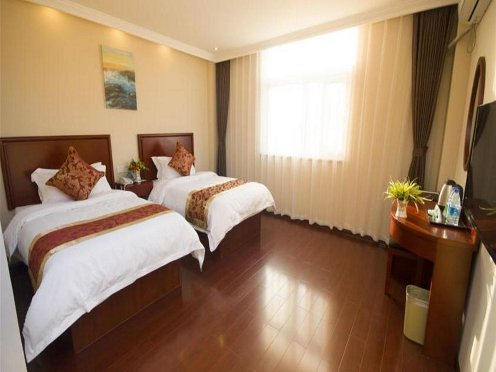 Standard Room - Guestroom GreenTree Inn Zhenjiang Jurong Yalong Business Hotel