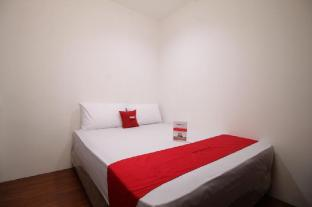 RedDoorz Plus  near Plaza Indonesia
