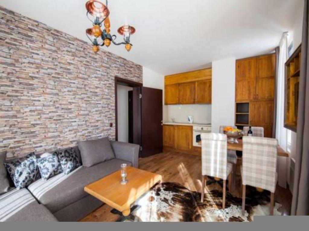 Cameră de oaspeți Golf VIP Apartments