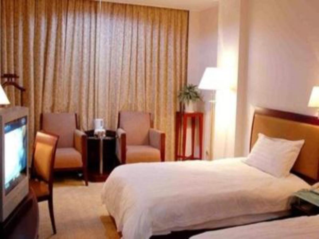 Superior Twin bed Quanzhou Overseas Chinese Hotel