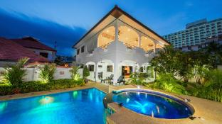 Royal Park Pool Villa Pattaya