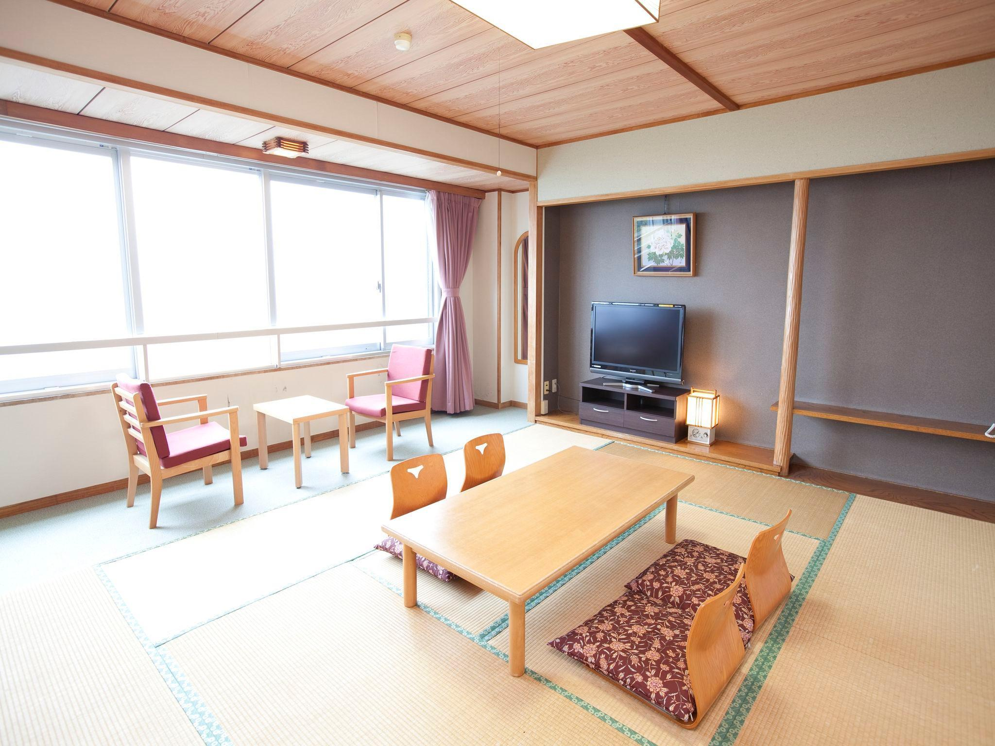 Japanese Style Room with 6 Tatami - Non-Smoking