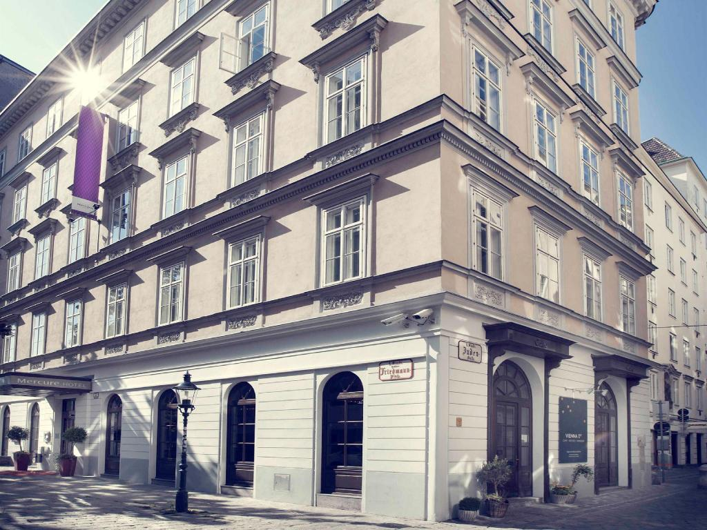 More about Mercure Vienna First