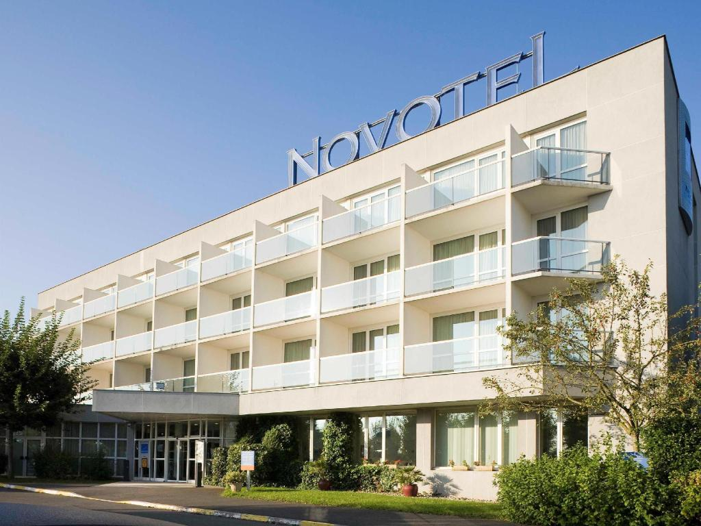Novotel Senart Golf De Greenparc SaintPierreduPerray France