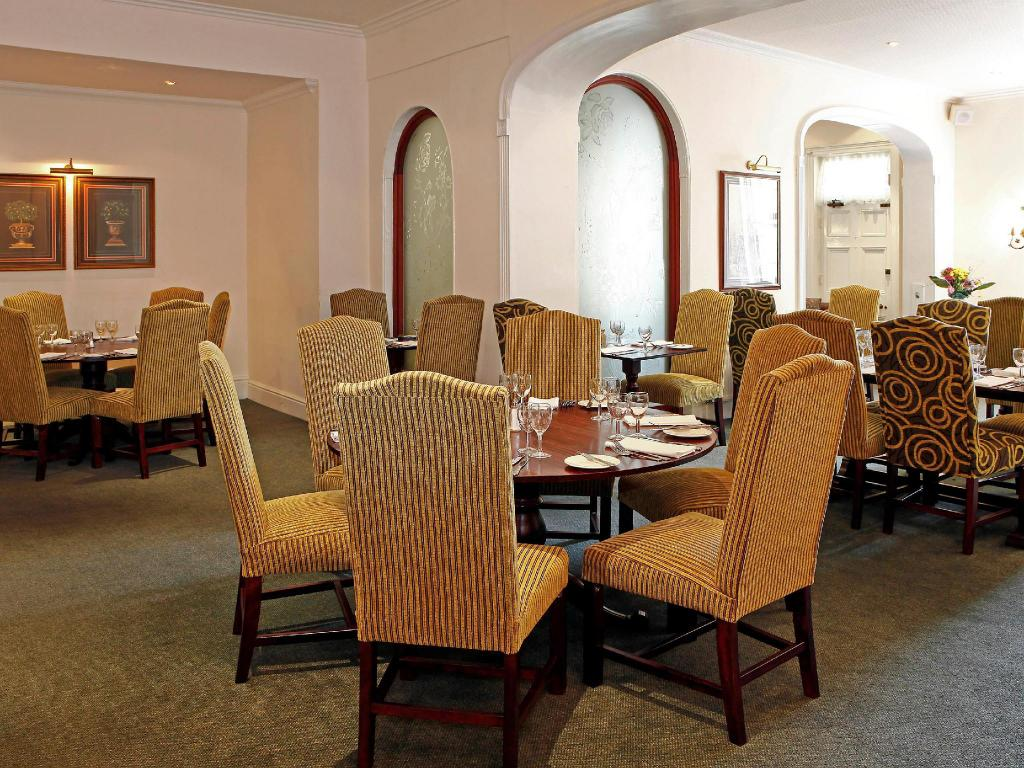 Vista interior Mercure Stafford South Hatherton House Hotel