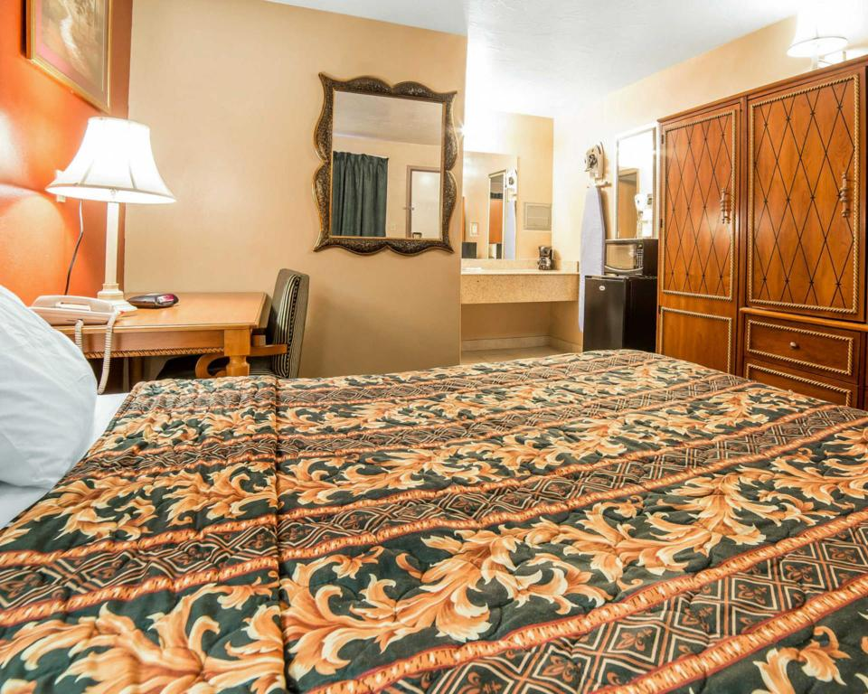 See all 26 photos Rodeway Inn and Suites