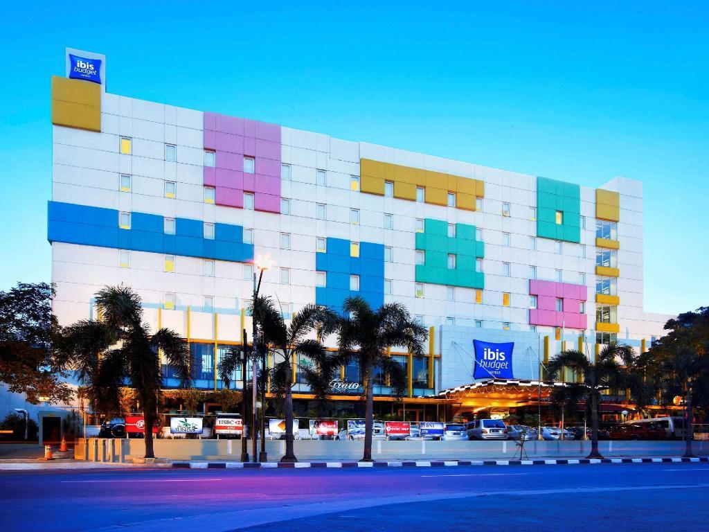 Ibis Budget Jakarta Cikini Hotel Deals Photos Reviews