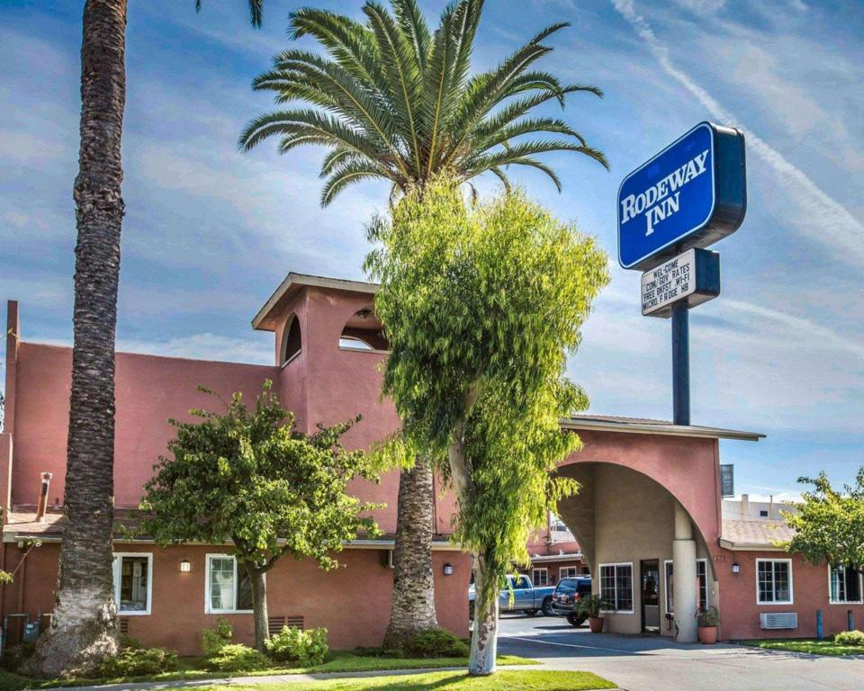 More about Rodeway Inn National City San Diego South