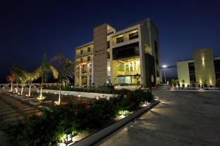 Hotel The Grand Daksh Somnath